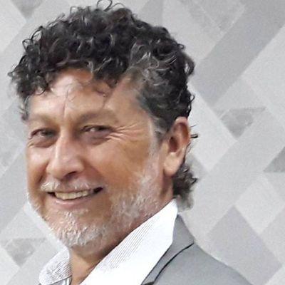 Sicarios asesinan a periodista en frontera