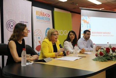Kuña Mbaretech para resolver desafíos de mujeres