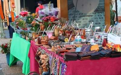 """""""Kuña Rembiapo"""", un espacio para comercializar productos de mujeres emprendedoras del país"""