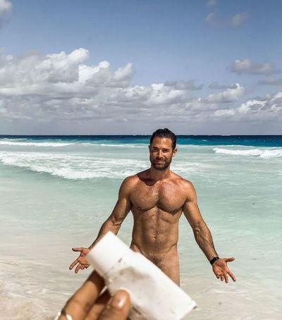 Sebastián Rulli publica su, tan prometido, tercer desnud