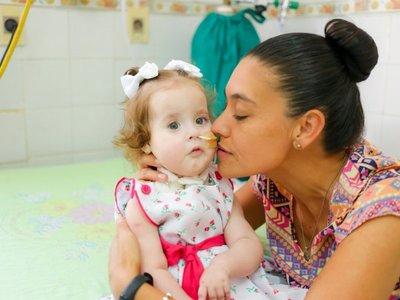 Agustina festeja su primer añito con donaciones y aún apela a la solidaridad