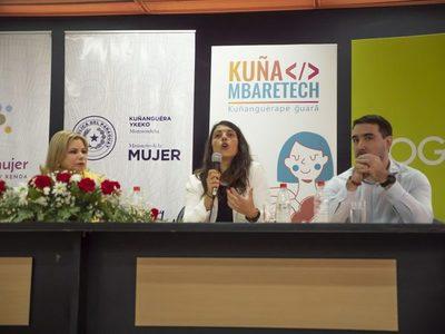 Concurso para mujeres destacadas en tecnología