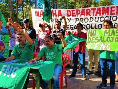 """""""Quieren destruir el  Indert para entregar  tierras a  poderosos"""""""