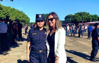 La felicidad de Liliana Alvarez por el logro de su hermana