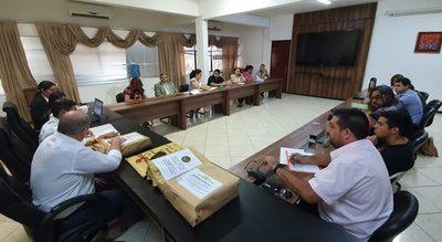 Girasol, la mimada del Gobernador presiona de nuevo para proveer merienda escolar