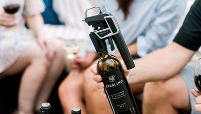 Coravin, un sistema que permite servir vino sin descorchar la botella