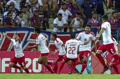 Con Cecilio, Independiente clasifica gracias un gol en el último minuto