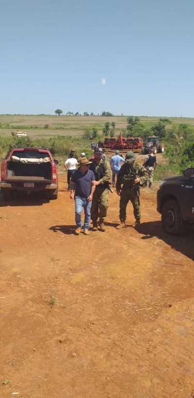 Usurpadores de tierras de fundación causan incidentes y acaban detenido
