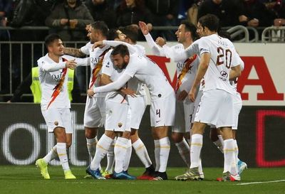 Roma triunfa en Cagliari