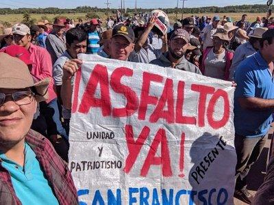 Caazapá: Exigen al MOPC inicio de obras de asfalto