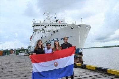 Paraguaya a bordo de un barco regala esperanza a varios países del mundo