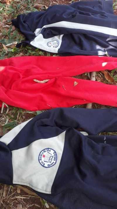 Genero suspicacia uniformes escolares arrojados en zona boscosa del campus de la UNE