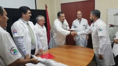 """Diez nuevos cirujanos de trauma y seis traumatólogos se recibieron en el Hospital de Trauma """"Manuel Giagni"""""""
