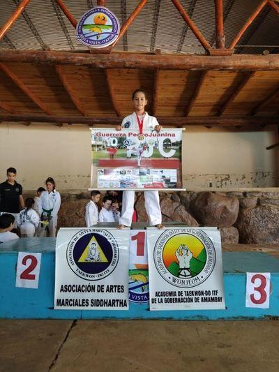 Adolescente  pedrojuanina deja en alto el nombre de nuestra ciudad y del país