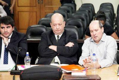 Tribunal entendió actos obstructivos de Carlos León, dice fiscala