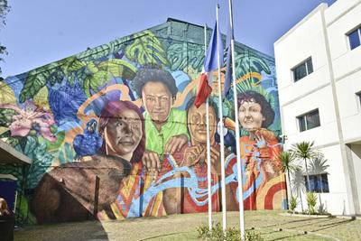 Unión Europea presentó mural más grande de Asunción en pro del desarrollo sostenible