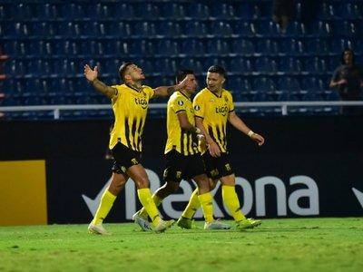 Los goles de Báez y Bobadilla