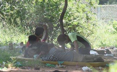 Demoran a un hombre tras ser sorprendido con una adolescente indígena