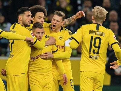 El Dortmund gana en Monchengladbach y asciende al segundo lugar