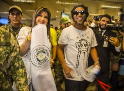 Caso Ronaldiño: fiscales solicitan información a la SET sobre Dalia López