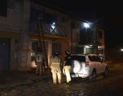 Principio de incendio deja algunos daños en casa de Asunción