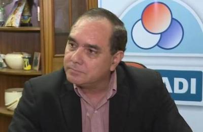 Miguel Marecos cuestiona al ministro Petta: Kits escolares no son la única necesidad del sector educativo
