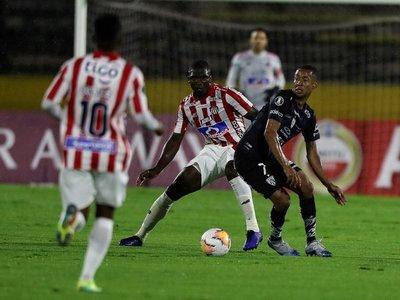Independiente del Valle es imbatible en casa y deja sin puntos al Junior