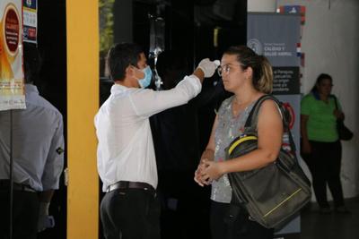 Salud Pública inició control a pasajeros en Puente de la Amistad