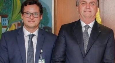 ¿Bolsonaro con coronavirus? Su jefe de prensa dio positivo y estuvo