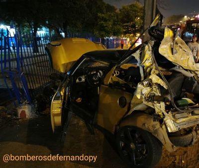 Accidente en Fernando de la Mora deja tres heridos