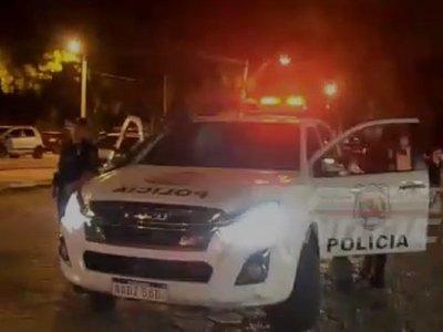 Con megáfono policías piden a la ciudadanía que no vaya al súper