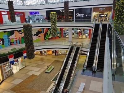 Paseo La Galería suspende sus actividades. ¿Y los otros Shopping?