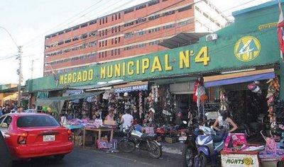 Vendedores del Mercado 4 solicitan a autoridades kits de víveres para 'sobrevivir el tiempo necesario'