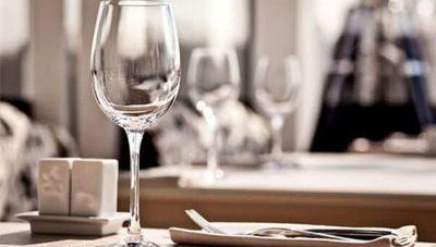 """Oliver Gayet: """"A partir de las 20:00 los restaurantes estarán enfocados al servicio de delivery"""""""