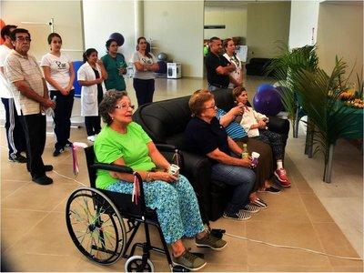 IPS suspende servicios en residencia geriátrica y pide retirar a adultos