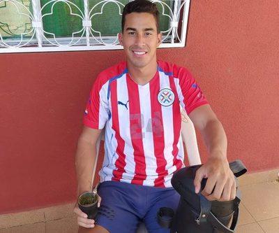 Doblete del único paraguayo que sigue jugando