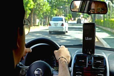 Uber y Muv ofrecen descuentos especiales a profesionales de la salud
