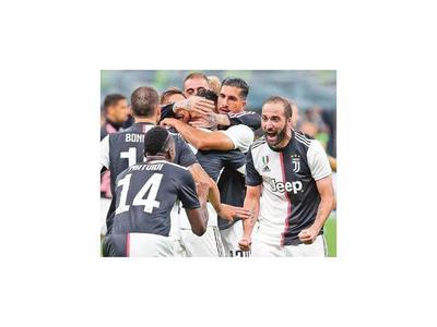 El Pipa Higuaín se fuga de Italia a la Argentina