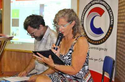 Gobernación de Central impulsa taller de lectura para docentes del nivel inicial