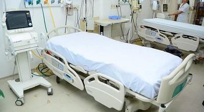 COVID-19: un día de terapia cuesta USD 4.500 y un paciente grave la ocupa entre cuatro a seis semanas