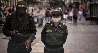 Interpol recomienda a las fuerzas del orden protegerse con mascarillas
