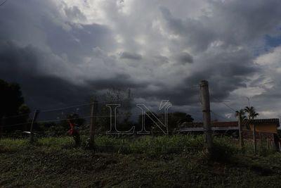 Activan alerta por lluvias y tormentas eléctricas