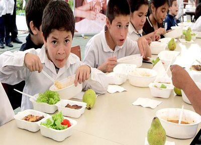 Anuncian entrega de kits alimentarios en reemplazo del almuerzo escolar