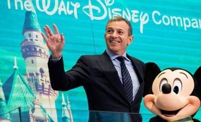 HOY / El presidente de Disney renuncia a su salario por la crisis del coronavirus