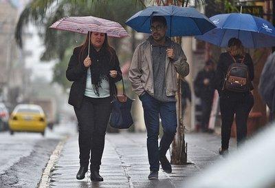 Frente frío ingresará al país a finales de la semana