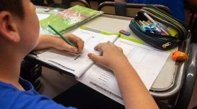 """Colegios privados insisten en cobrar cuotas: """"Hay 30.000 empleos en riesgo"""""""