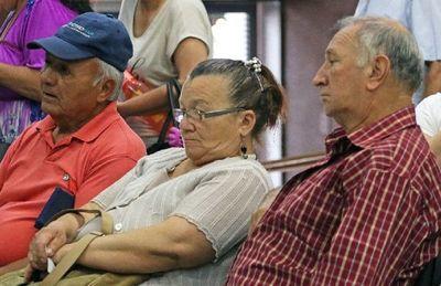 Más de 200 mil adultos mayores perciben hoy la pensión alimentaria