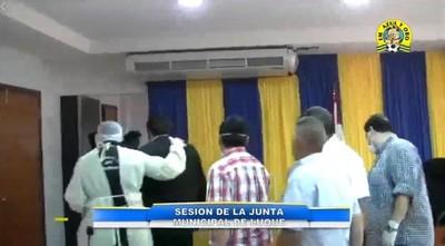 Concejales de Luque a los gritos en bochornosa sesión