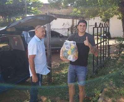 Tacuary entrega alimentos a sus jugadores