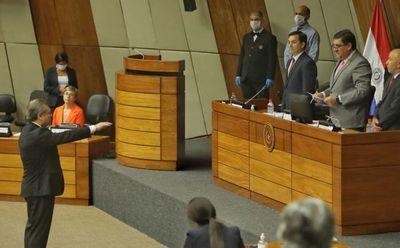 Ministro Jiménez  juró como representante en el Consejo
